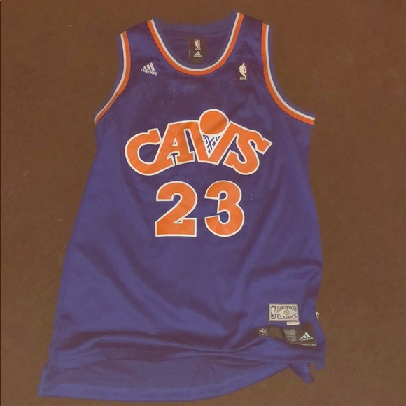 buy popular f4479 5e28d Retro lebron james cavaliers jersey
